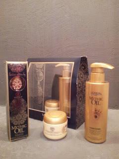 """Coffret Mythic Oil de L'Oréal, édition limitée """"Haute Couture""""."""