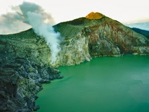 Ijen Crater Tour package 2 days 1 night