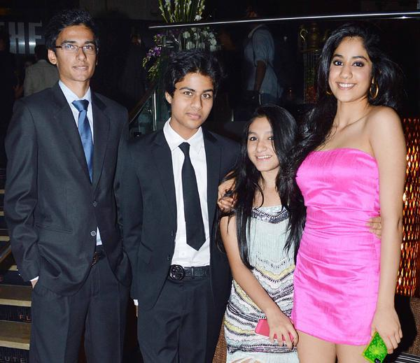 Photos of Sridevi's Daughter Jhanvi Kapoor!!