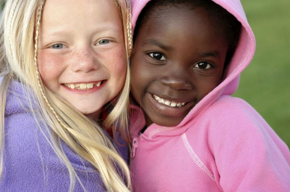 Spiritualit et sagesse un enfant noir ou blanc est - Photo noir et blanc enfant ...