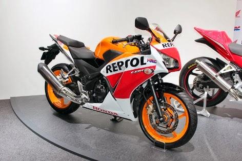 Design Honda CBR 250R 2014 sama dengan CBR 300R,sudah dual headlamp...