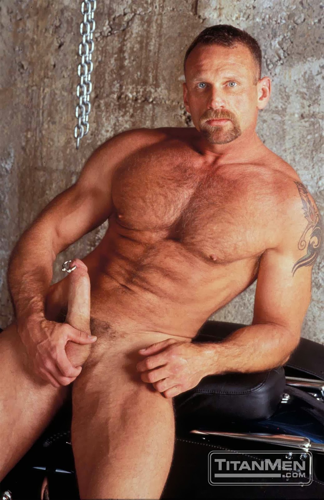 Breck Orshal Porn Ele brutos-eros: hair and muscles
