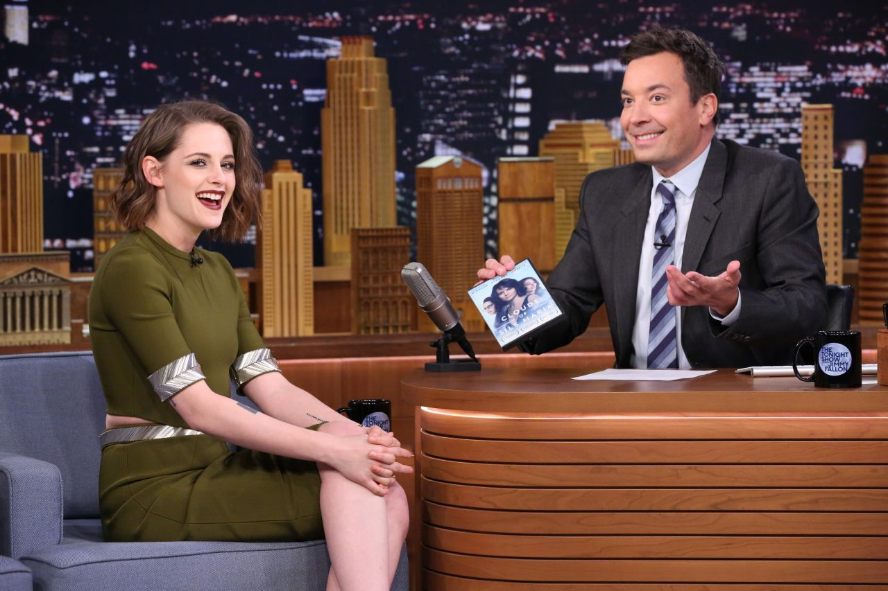 Kristen Stewart Appeared on The Tonight Show Starring Jimmy Fallon - Photo Kristen Stewart 2016