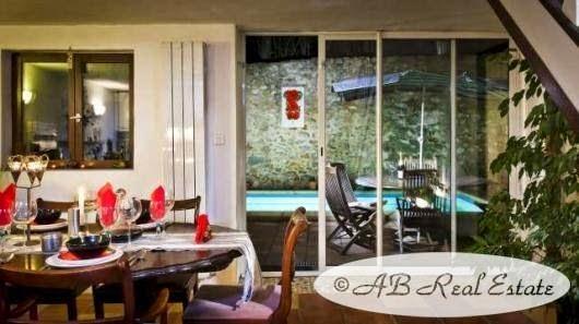 ab real estate immobilier charmante maison en pierre vendre perpignan languedoc roussillon. Black Bedroom Furniture Sets. Home Design Ideas