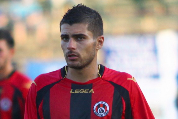 Martin Dimitrov played 39 games for Lokomotiv Sofia between 2012 and 2013