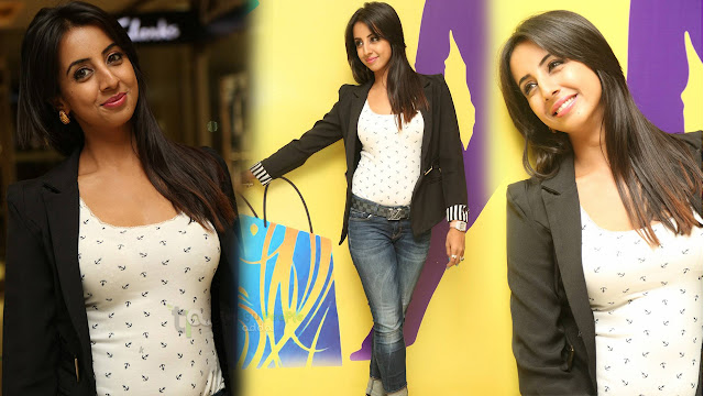 Sanjjanaa Latest Photos At AMF Donation Presentation Event
