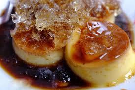 thưởng thức  bánh flan mật ong