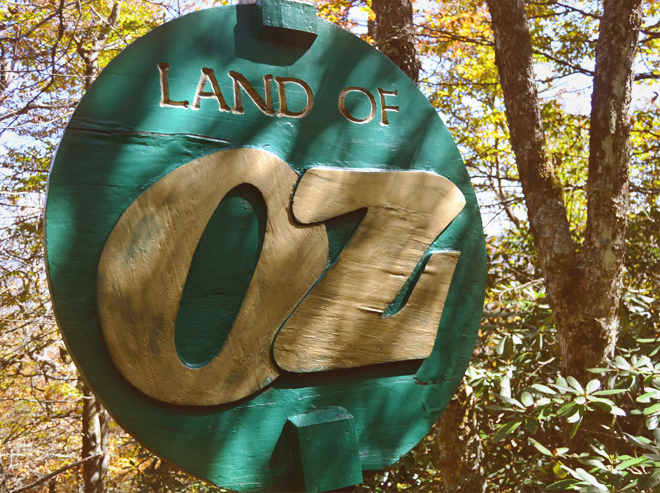 Land of Oz sign