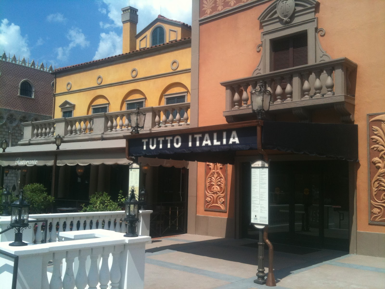 D luminations dining tutto italia italy pavilion at epcot for Tutete italia
