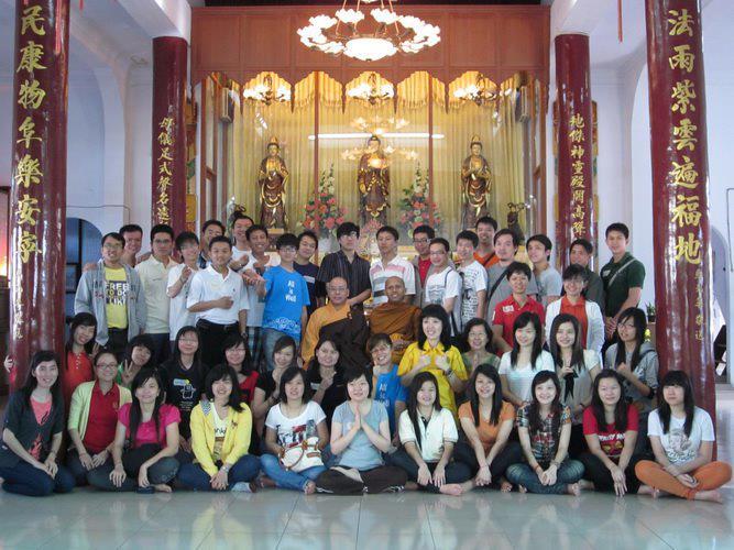 KEGIATAN PMVB-BDV di Vihara Dharma Prathama Siantar 2012
