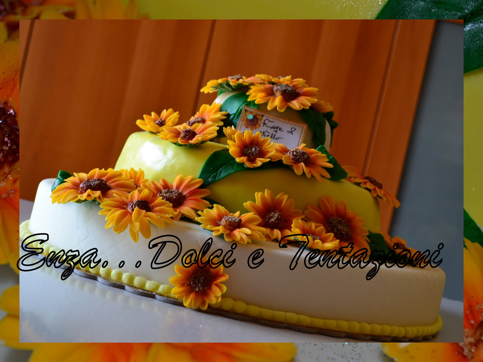 Torte Matrimonio Girasoli : Dolci decorazionietentazioni: torta girasoli per i miei primi 10