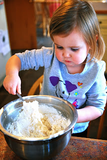 Vet School Widow | Cooking with a toddler: Pizza