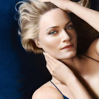 Biotherm Blue Therapy Serum In Oil modelo imagen del anuncio Amber Valletta