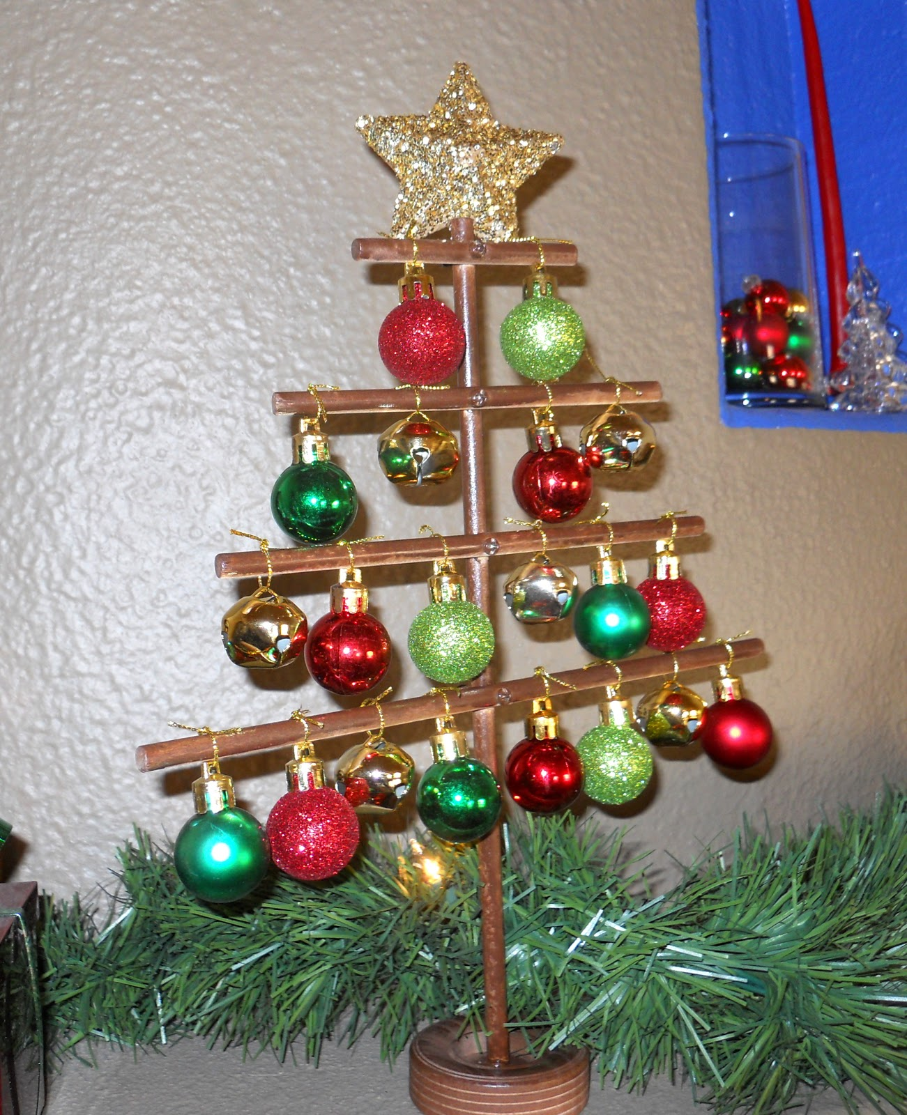 Attractive DIY Mini Christmas Tree Tutorial. About A Month Ago I Was Out Shopping And  Saw Something Similar To This Tree At A Store (canu0027t Remember Which Now).