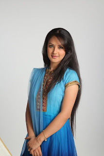 Pooja Bose Cute Stills  (47).Blogspot