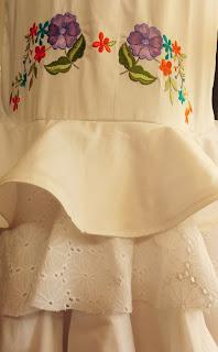 Broderie sur mesure par Textil'ment Vôtre pour la créatrice Fée au Château à Versailles