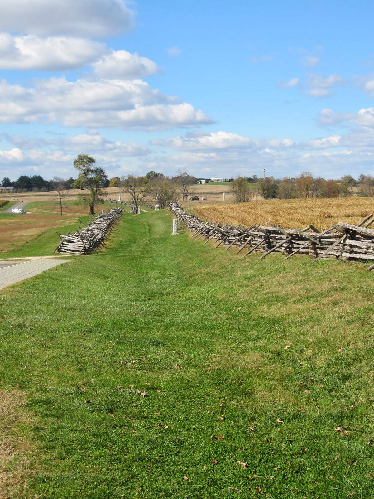 The Bloody Lane, Antietam / Souvenir Chronicles