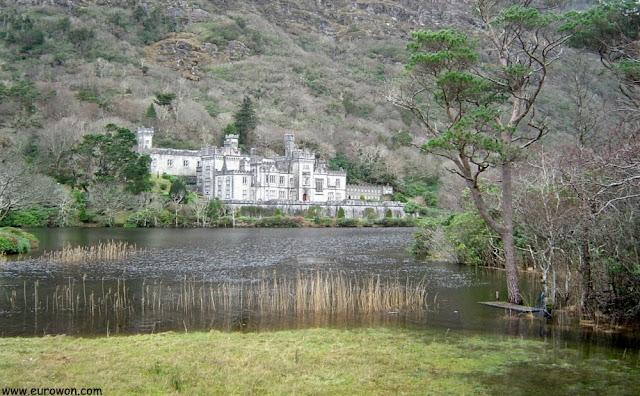 Kylemore Abbey en Irlanda