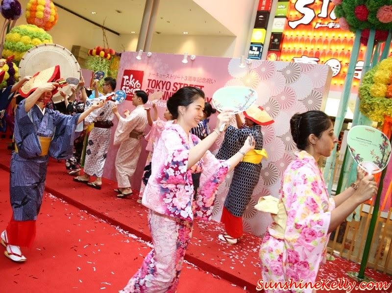 yosakoi bushi, Tokyo Street 3rd Anniversary Sweetest Celebration, tokyo street, japan, pavilion kl, kuala lumpur, sweetest celebration, japan culture, Kocyou No Mai, Kagami Biraki