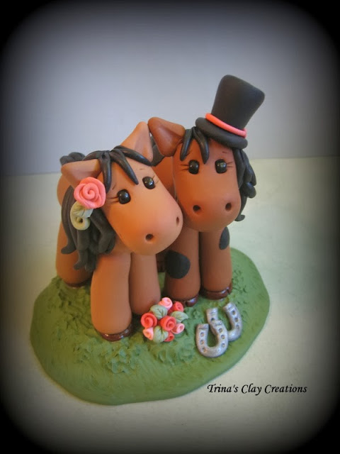 https://www.etsy.com/listing/165607639/wedding-cake-topper-horse-animal-pony?ref=shop_home_active&ga_search_query=horse