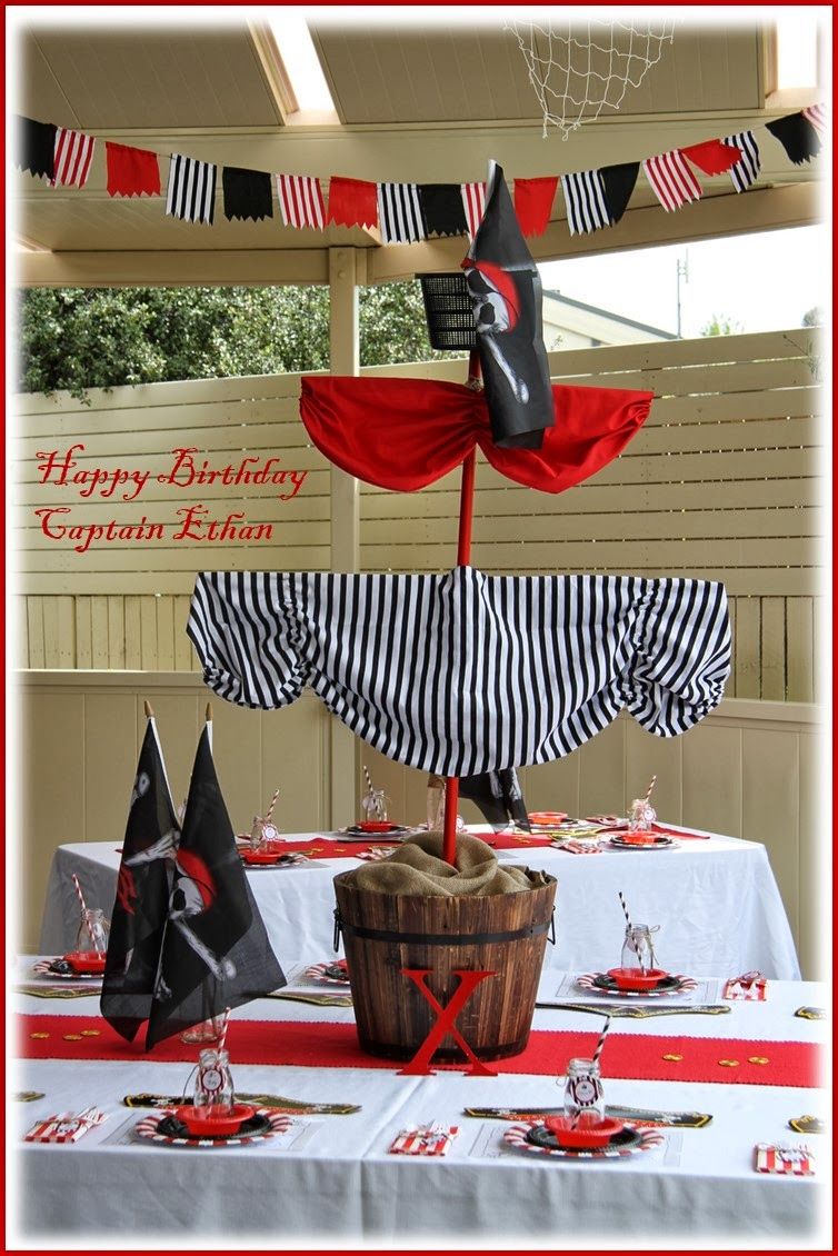 leonie 39 s cakes and parties pirate party. Black Bedroom Furniture Sets. Home Design Ideas