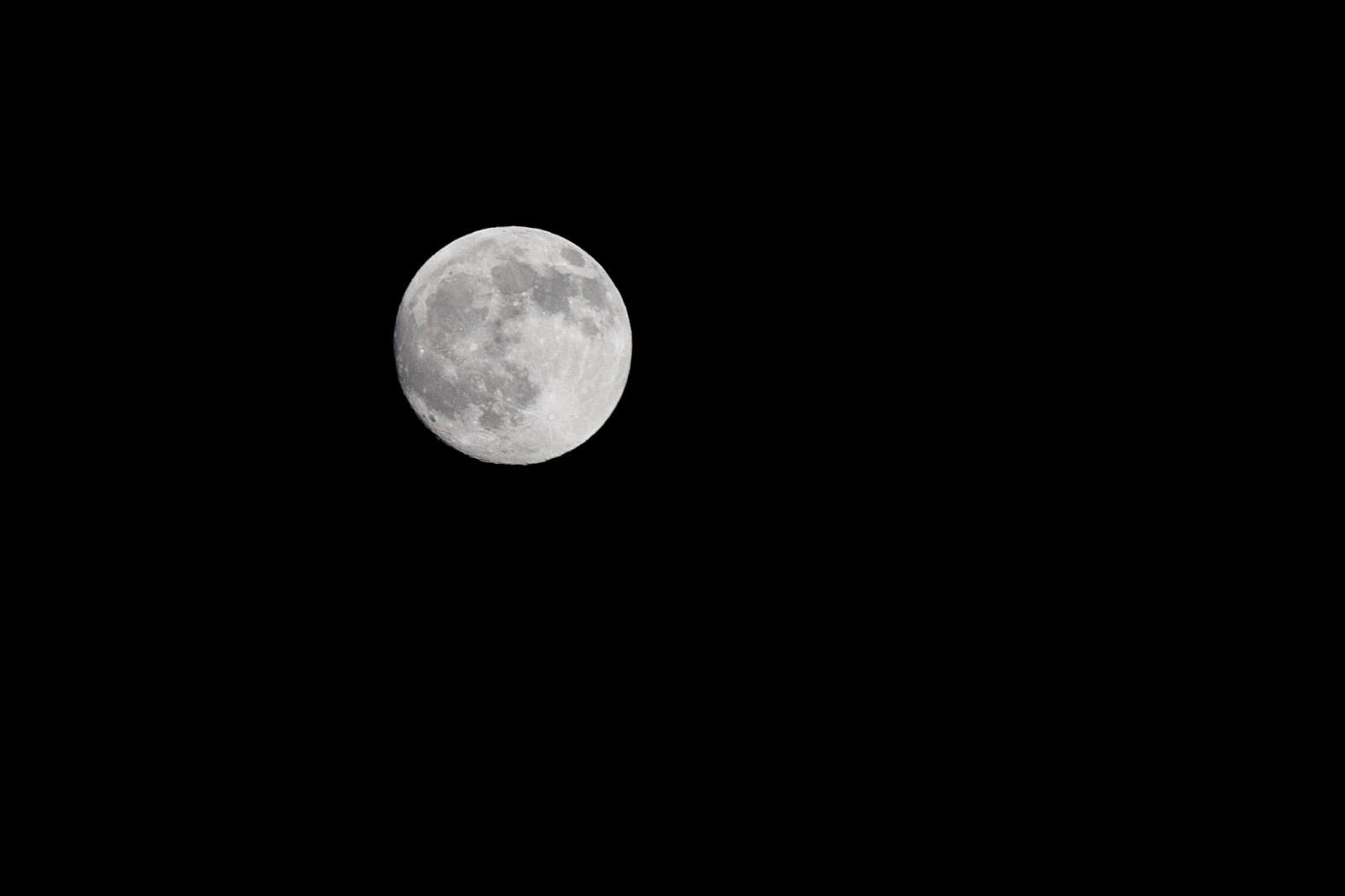Jak zrobić zdjęcie księżyca?