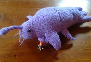 http://translate.google.es/translate?hl=es&sl=en&tl=es&u=http%3A%2F%2Ftheknitguru.com%2F2013%2F06%2F10%2Fknitted-star-whale-pattern%2F
