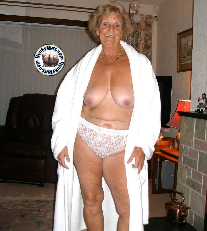 Granny pics curvy Thiccarella