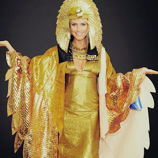 Heidi Klum decorating style