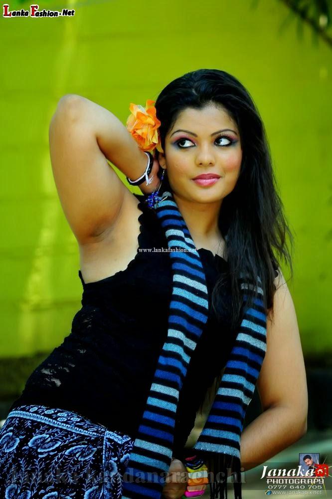 Anurada dilrukshi armpit