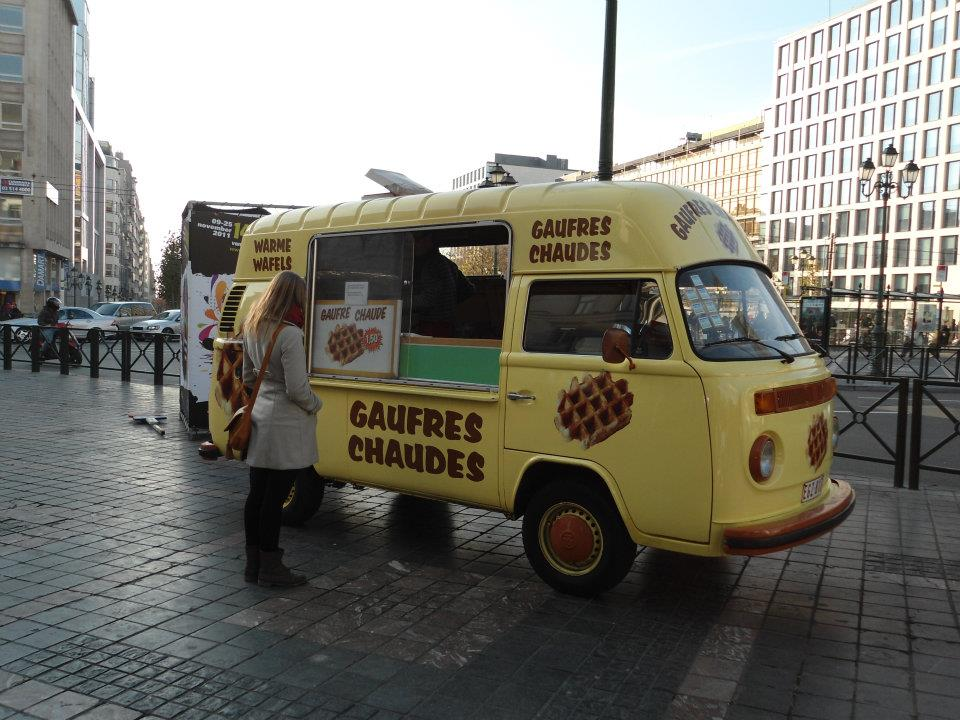 Aircooled garage waffel bus in br ssel for Garage volkswagen paris 11