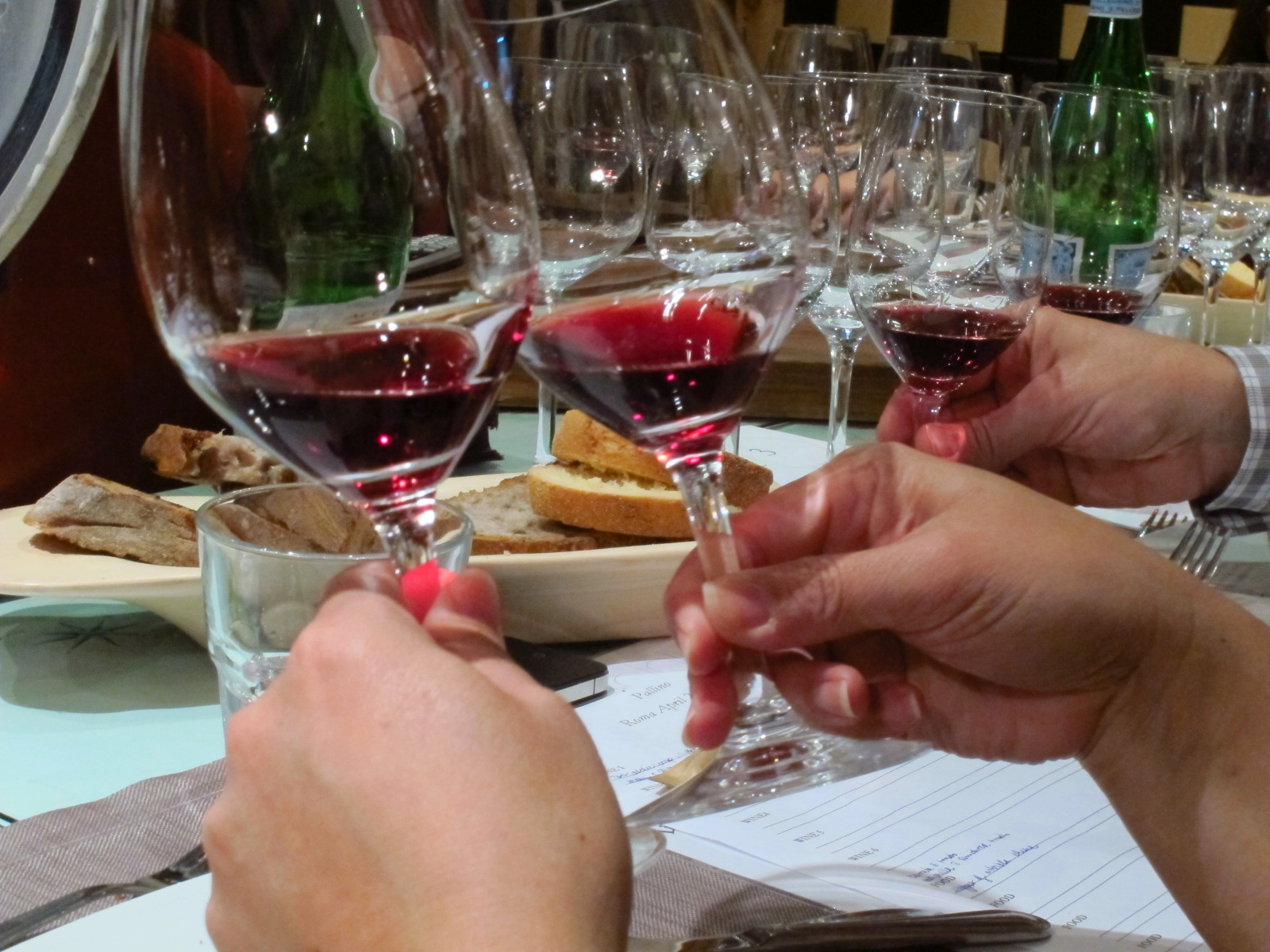 Wine and finland wine tastings in helsinki you wanna be a part of it if you live in finland and if you are interested in wine in a serious way if you read about it write and eager to do more regularly solutioingenieria Images