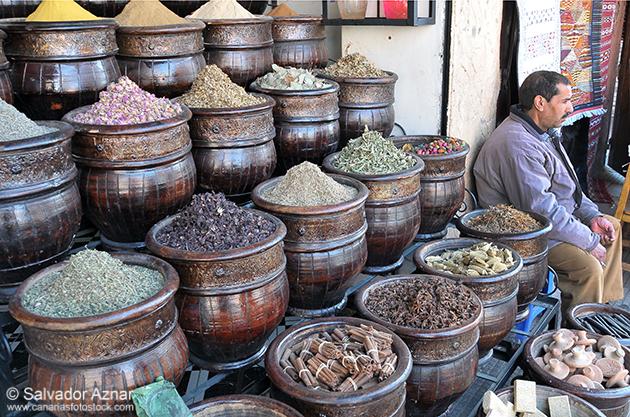 http://www.diariosdeunfotografodeviajes.com/2014/09/zocos-de-marrakech.html