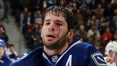 ryan kesler canucks fight