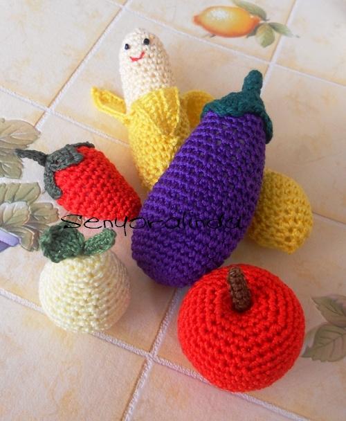 Patrones Crochet De Frutas http://senyoralinda.blogspot.com/