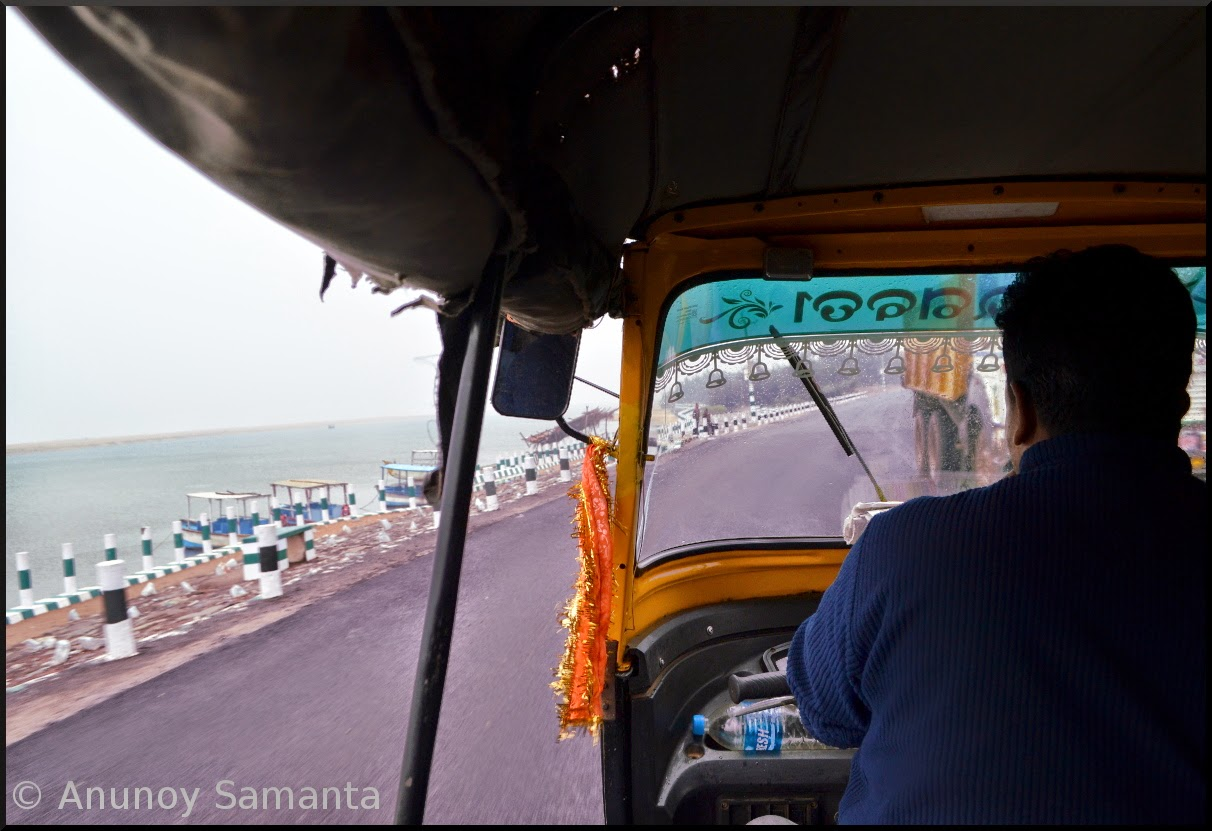 Konark to Puri Rainy Rickshaw Ride