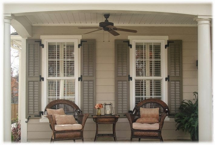 exterior paint colors for homes with shutters