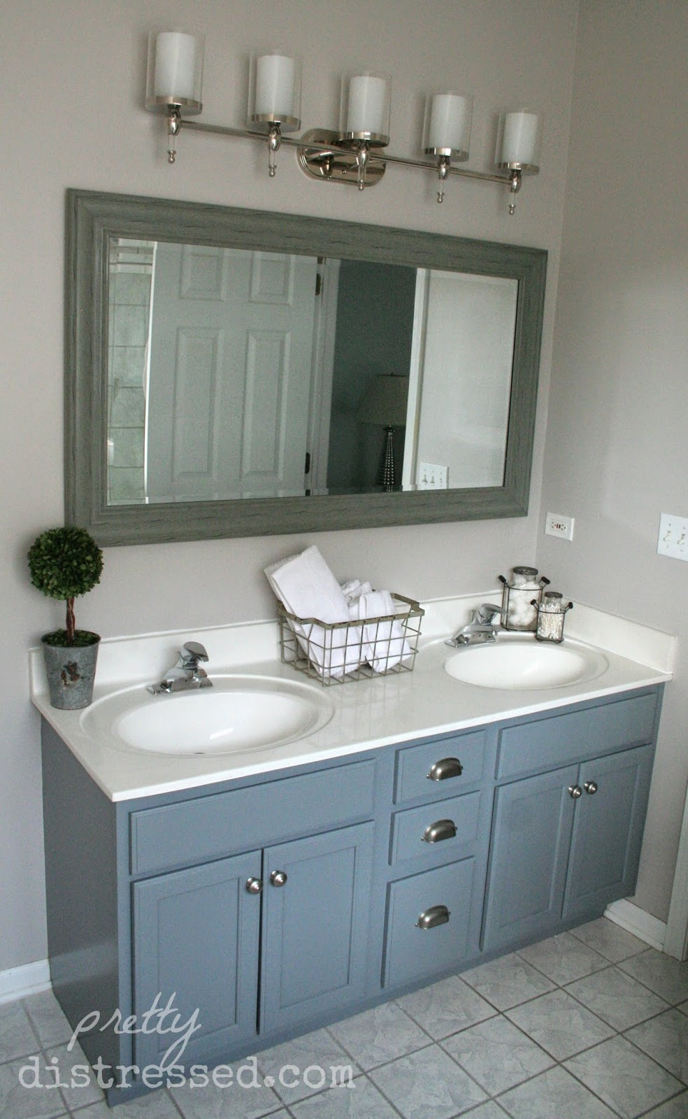 Pretty distressed bathroom vanity makeover with latex paint Bathroom cabinets gray