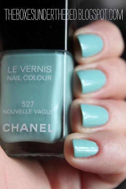 Chanel Nouvelle Vague Swatch