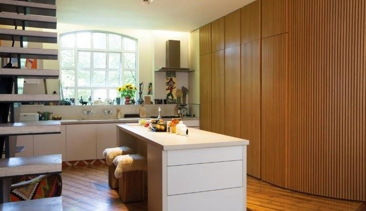 Кухня дизайн фото своими руками обои на стене