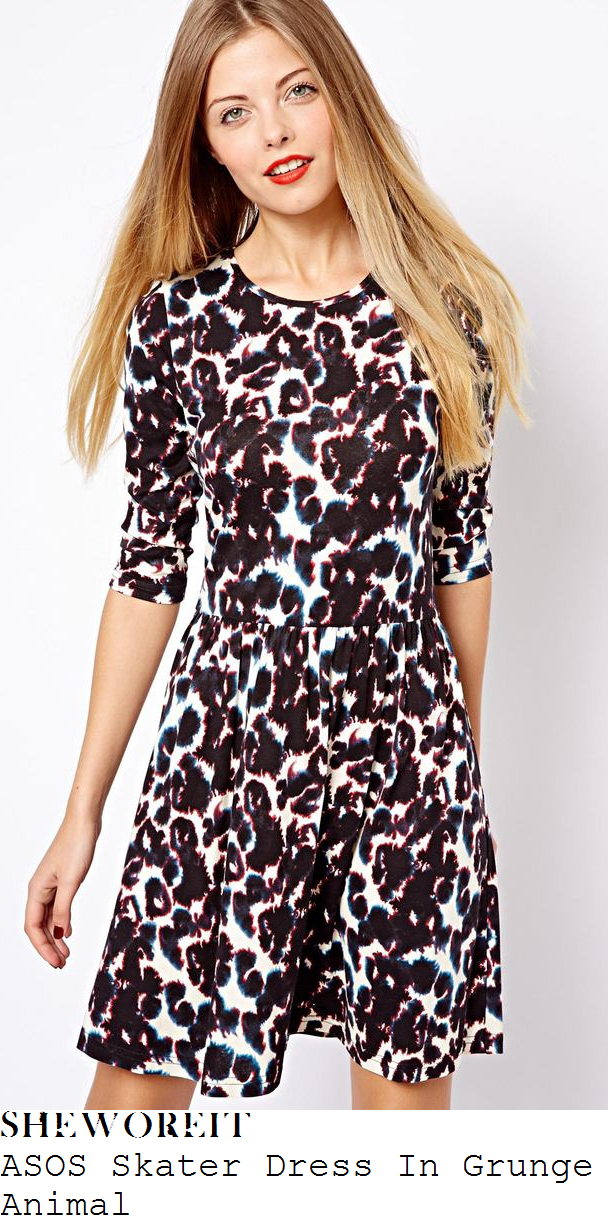 holly-willoughby-leopard-print-skater-dress-this-morning