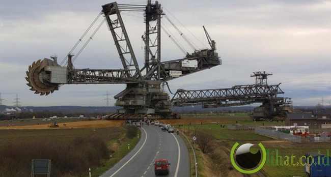 Bagger 288: Mesin Pengeruk terbesar Didunia