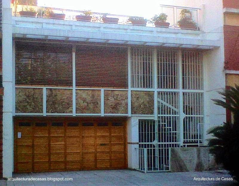 Casa de barrio estilo Contemporáneo en Villa del Parque, Buenos Aires