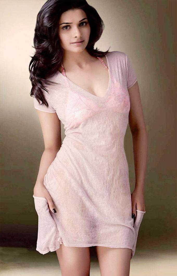 Prachi Desai Hot and Sexy Photos Bikini