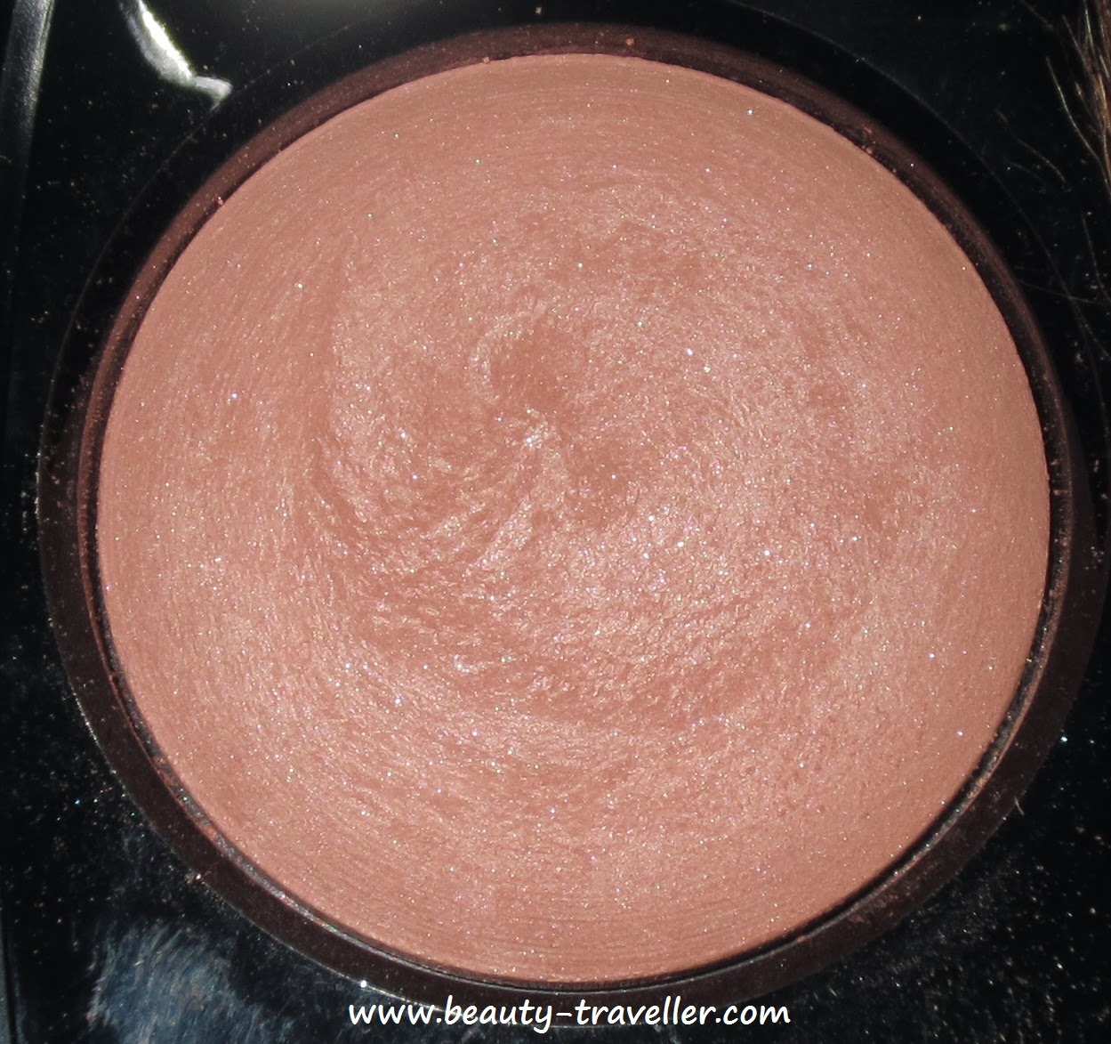 Chanel Rose Initial Petale Joues Contraste Blush