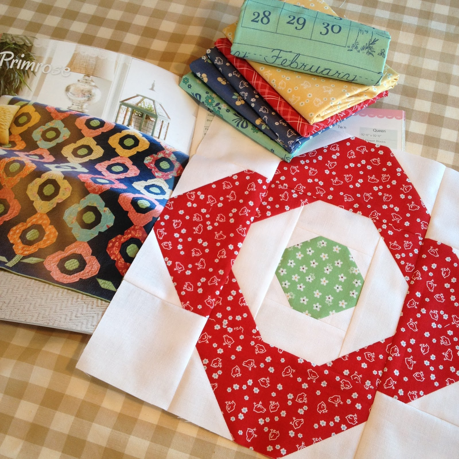 Carried Away Quilting: Fun with Fat Quarter Style & Calico Days : calico house quilt shop - Adamdwight.com
