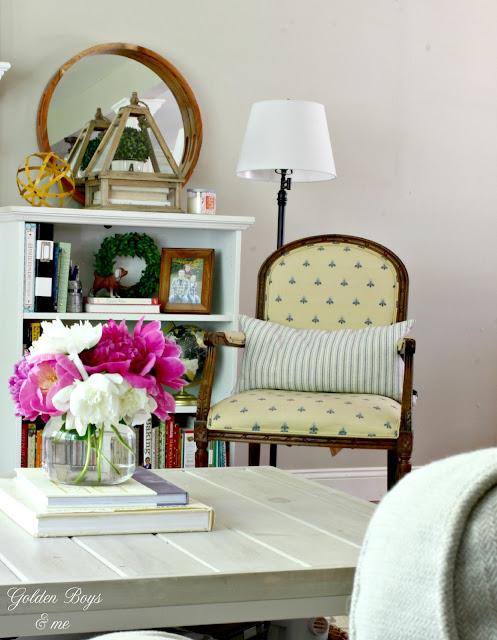 Ethan Allen accent chair in summer family room-www.goldenboysandme.com