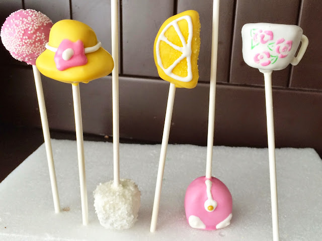 all things belle - cake pops - tea party