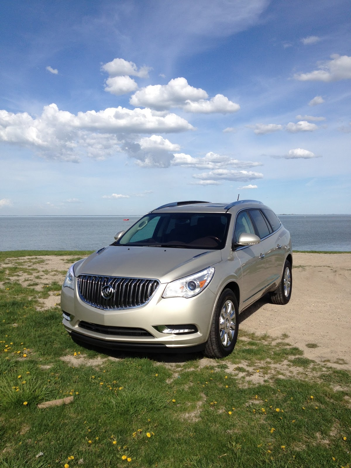 mommy 39 s favorite things 2013 buick enclave. Black Bedroom Furniture Sets. Home Design Ideas
