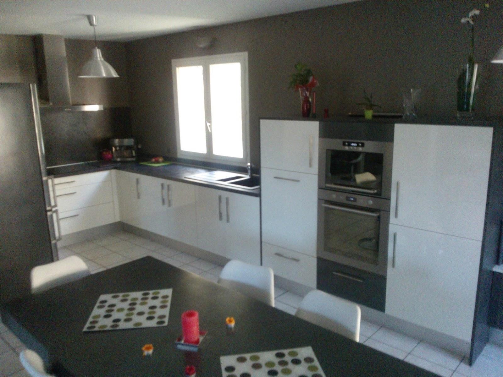 Votre cuisine mobalpa par virginie cuisine mobalpa kiffa blanc brillant - Les cuisines mobalpa ...